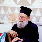 Griekse Papa uit het dorpje Pirgi op het eiland Chios