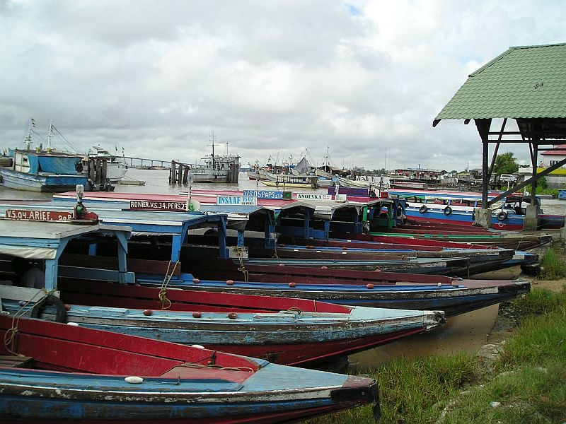 Tentboten aan  de Waterkant