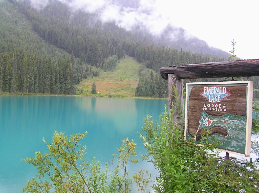 Canada - Emerald lake