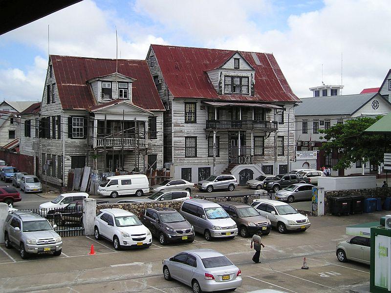 Paramaribo - oude huizen