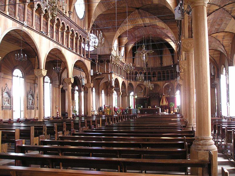 Kathedraal gebouwd met hout
