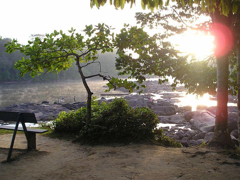 Uitzicht op de rivier 's morgens