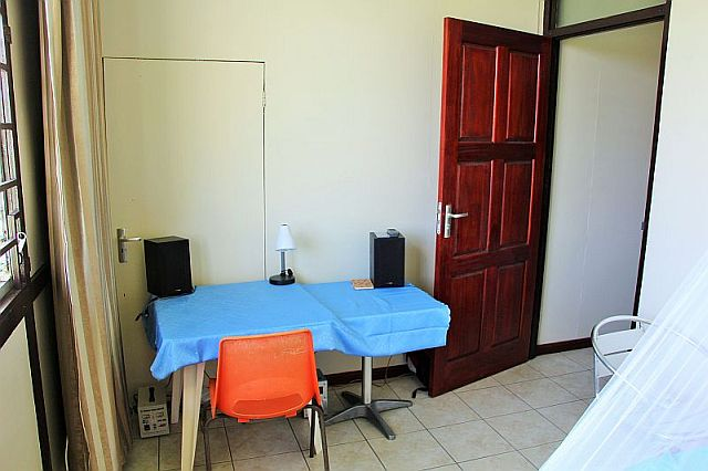 Paramaribo - Appartement - woon en slaapkamer