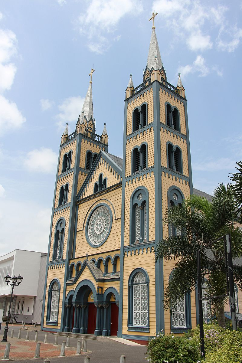 Fotoparamaribo2015 piet buitendijk - Verblijf kathedraal ...