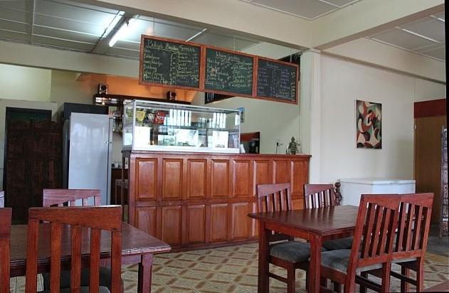 Paramaribo - Flora - Jasmine van binnen