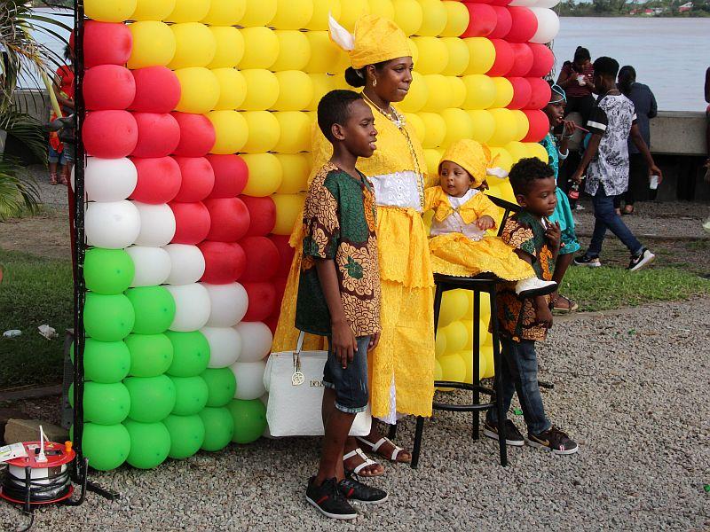 Poseren voor de ballonen