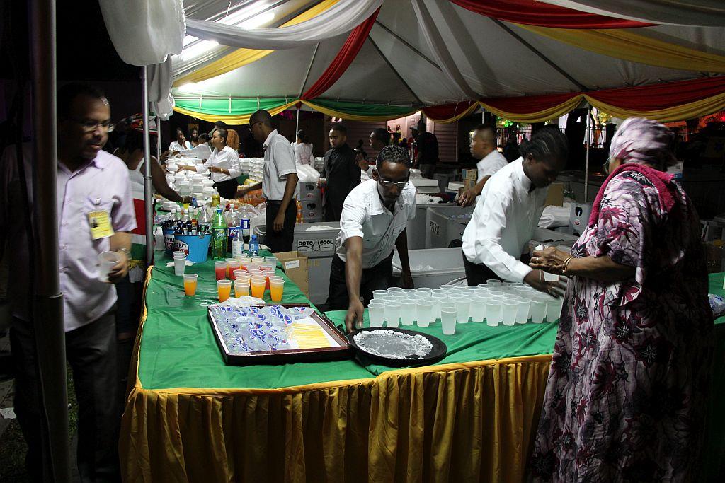 Volksreceptie in het paleis - Catering