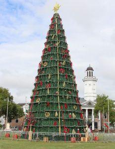 Paramaribo - Kerstboom - Onafhankelijkheidsplein