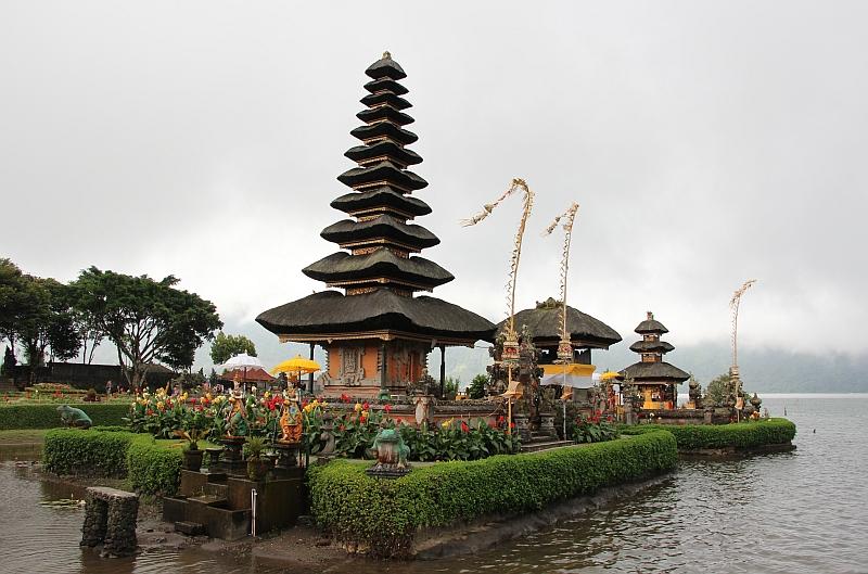 Bali - Ulun Danu Bratan tempel - Drijvende tempel