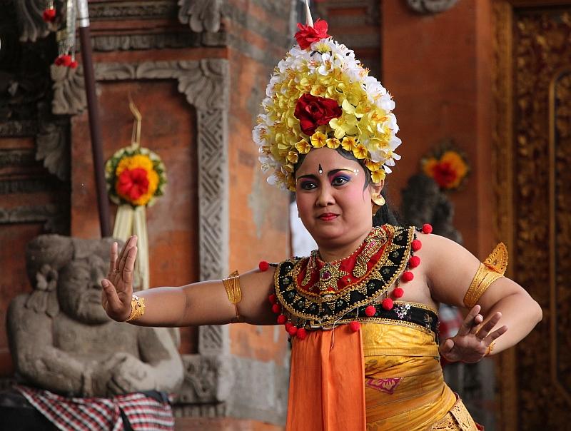 Bali - Ubud - Barong dans - Danseres