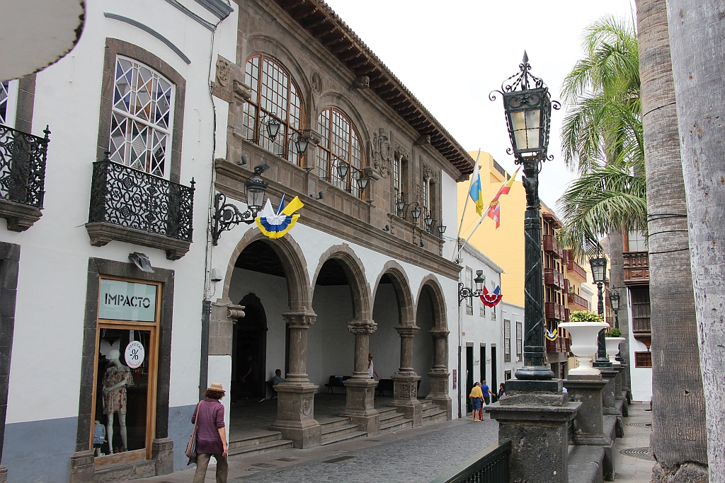 Hoofdstad Santa Cruz - Stadhuis aan La Plaza de Espana