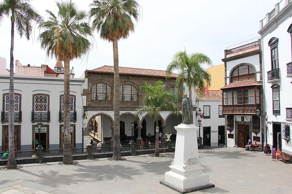 Hoofdstad Santa Cruz - Plaza de Espana