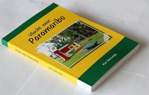 Boek: Vlucht naar Paramaribo
