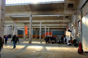 Fabriekshal in gebouw KB op industriepark Kleefse Waard